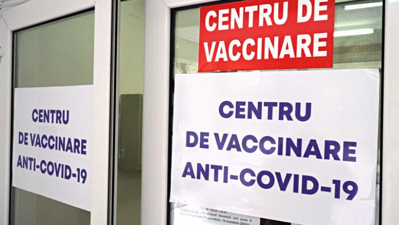 DSP Arad face verificări la centrul de vaccinare Ineu după dispariția a 18 doze de vaccin Pfizer