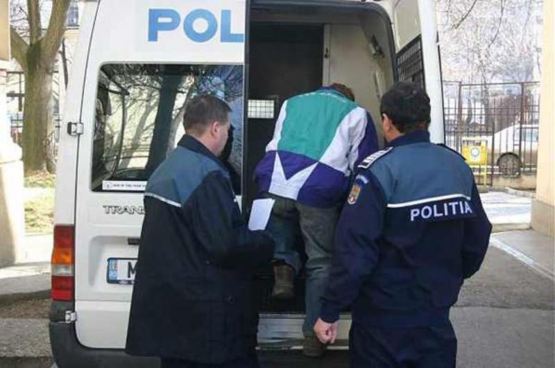 Polițist paznic la hoț. Autorii jafului anului de la Pâncota au fost prinși.