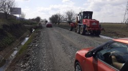Cum NU se mișcă lucrurile pe șantierul drumului județean Arad-Horia-Şiria-Pâncota