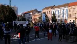 Protestul anti-mască şi anti-restricţii din P-ţa. Avram Iancu, un mare FÂS