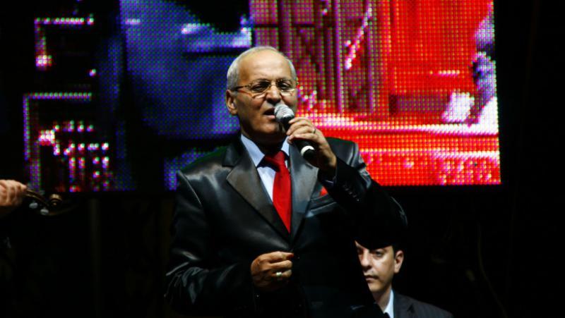 Celebrul interpret de muzică lăutărească Nelu Ploieșteanu a murit azi-noapte, răpus de coronavirus