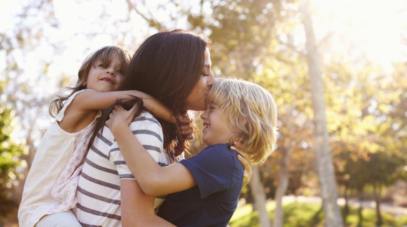 DGASPC Arad caută asistenţi maternali profesionişti în cadrul proiectului  Team-Up