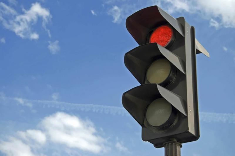 Probă de semafoare pe Calea Timișoarei la intersecția cu Piața Eroilor
