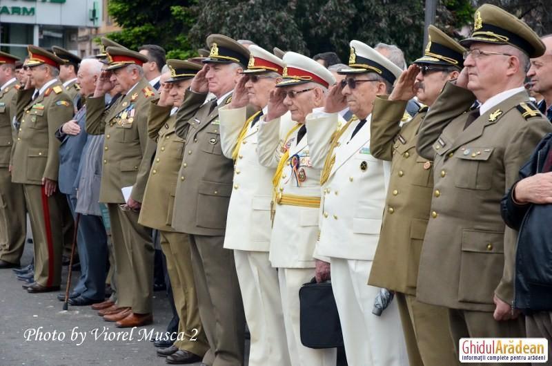 De Ziua Veteranilor de Război autoritățile arădene organizează joi o ceremonie oficială în Piața Avram Iancu