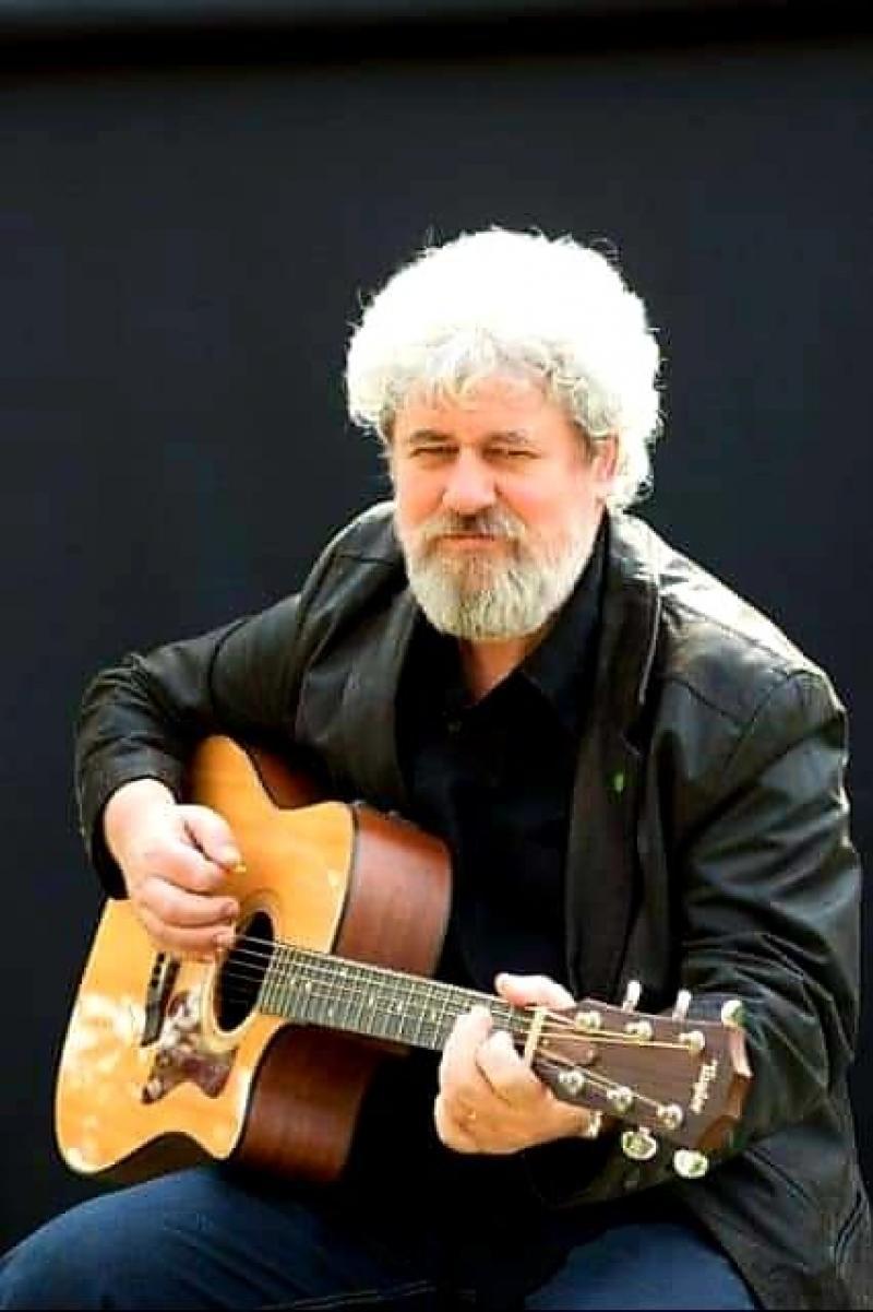 Chitaristul arădean Ghighi Iovin a murit în Vinerea Mare răpus de Covid