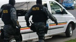 Polițiștii arădeni au legitimat duminică 3.000 de persoane și au dat amenzi de 39.000 de lei