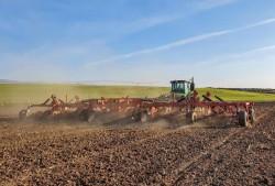Primăria Arad le reamintește fermierilor să depună cererile și declarațiile pentru Registrul Agricol în vederea obținerii subvențiilor
