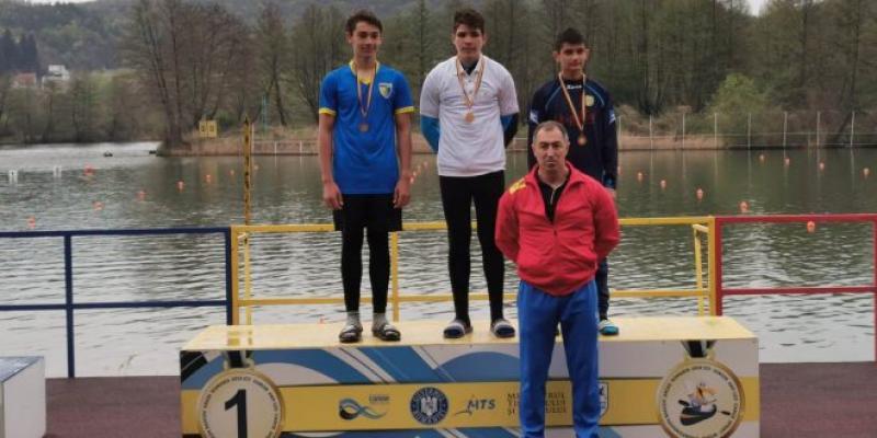 Tibor Kisvardai de la CSM Arad a devenit campion național la kaiac