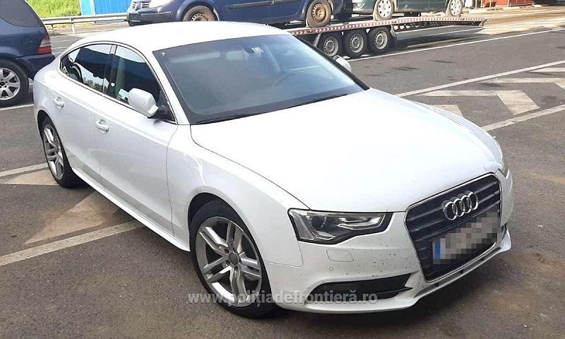 Autoturism căutat de autorităţile din Austria, descoperit și confiscat de poliţiştii în Vama Nădlac