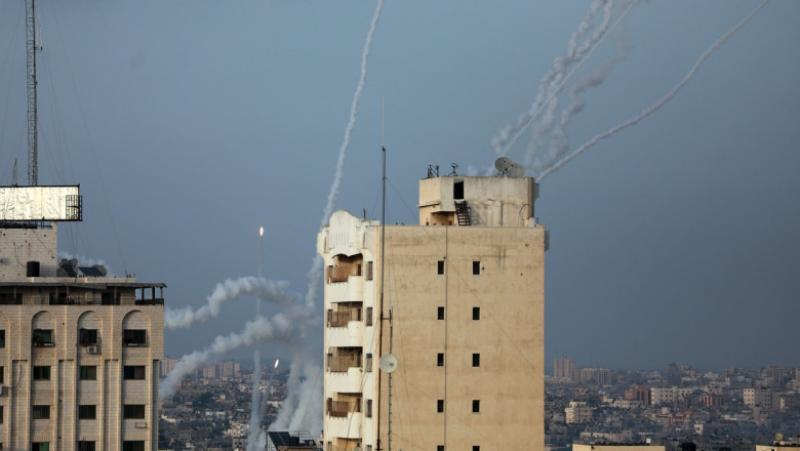 Hamas a atacat Israelul cu 130 de rachete. Morți și răniți în urma atacului. Israelul se pregătește de o ripostă dură, a spus ambasadorul israelian la București, David Saranga
