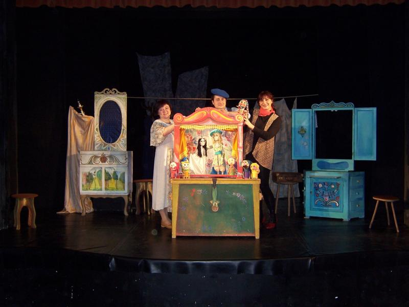 Albă ca Zăpada.O poveste magică, o lume misterioasă și multă bucurie, pe scena Trupei Marionete