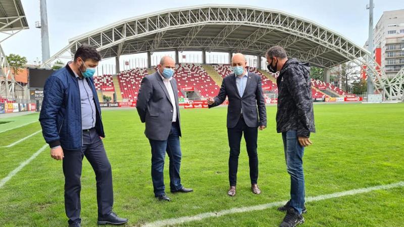 """Clubul UTA organizează o campanie de vaccinare pe stadionul """"Francisc Neuman"""""""