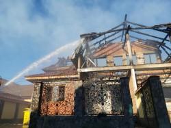 Incendiu violent pe strada Urzicilor din Arad