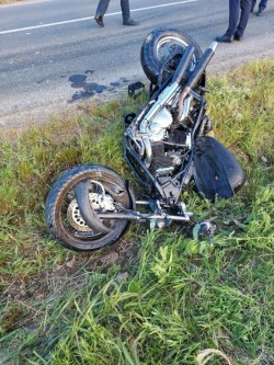 Un motociclist de 37 de ani din Arad a murit după ce a intrat cu motocicleta într-un cap de pod