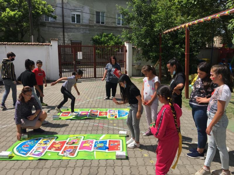 """1 Iunie """"Ziua Internațională a Copilului"""" sărbătorită la Complexul """"Curcubeu"""""""