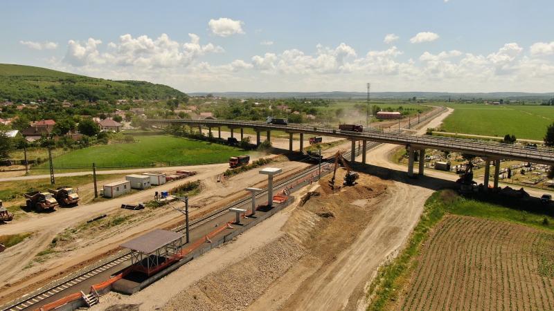 Tuneluri, poduri peste Mureș, lucrări de mare avengură în județul Arad pentru a putea circula cu trenul cu viteze de 160 km/h