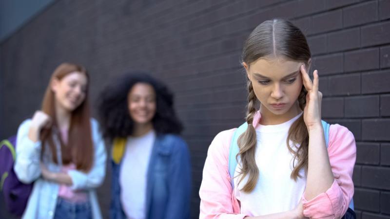 Până la începerea anului școlar 2021-2022, se vor constitui grupuri de acțiune anti-bullying în toate școlile din România