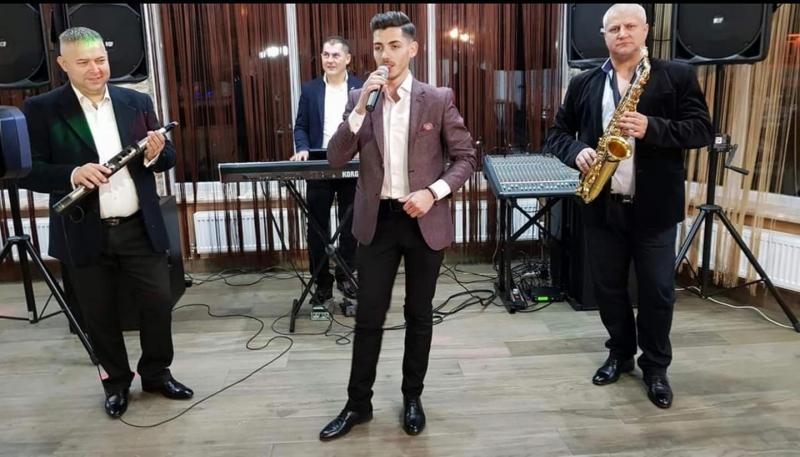 Cântărețul arădean Adrian Bâc a murit la doar 24 de ani
