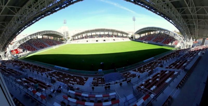 """Dacă suporterii se vaccinează, stadionul """"Francisc Neuman"""" ar putea fi plin la meciul UTA – Farul din prima etapă de campionat"""