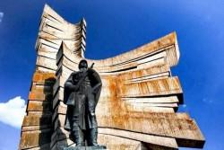 """Programul de la Arad al ceremoniilor militare și religioase organizate cu prilejul sărbătorii """"Înălțarea Domnului – Ziua Eroilor"""""""