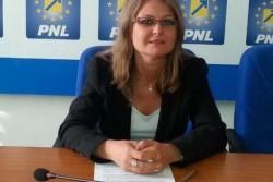"""Corina Crişan: """"Investiţiile în sănătate rămân prioritare pentru administraţia liberală!"""""""