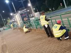 Investiţii pentru modernizarea staţiilor de tramvai. Staţiile de tramvai şi autobuz din Arad sunt amenajate pe timp de noapte