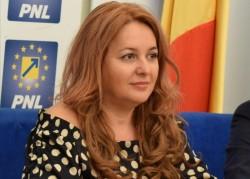 """Geanina Pistru: """"Construim echipa Partidului Naţional Liberal pentru anul 2024"""""""