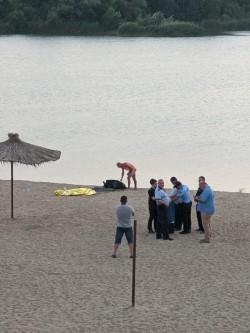 Un tânăr de 30 de ani s-a înecat în lacul Ghioroc. În urmă cu 10 zile alt tânăr s-a înecat în același lac