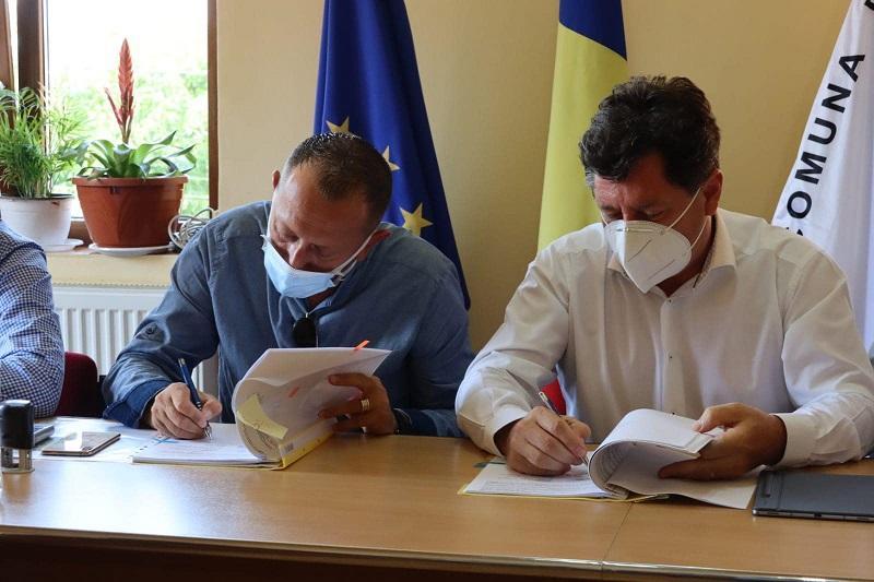 Consiliul Județean Arad modernizează un drum care va scurta cu 25 km distanța între stațiunea Moneasa și Valea Mureșului!