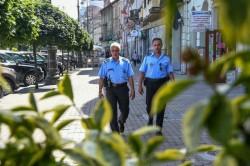Din luna iulie, 26 de polițiști locali vor patrula pedestru în zona centrală a orașului