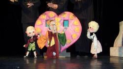 """""""Hansel și Gretel"""" – o nouă întâlnire de poveste duminică, pe scena de la Marionete"""