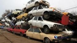 În România se pregătește eliminarea mașinilor mai vechi de 15 ani. Nu prin interzicerea lor, ci prin introducerea unei taxe auto