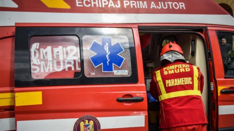 Un copilaș de trei ani din Arad a fost mușcat în mare la Mamaia de un câine