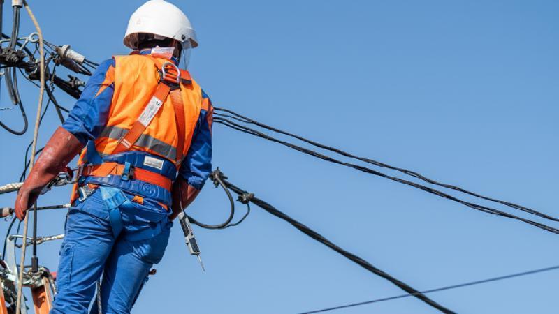 Întreruperi de energie electrică la Curtici și Vinga