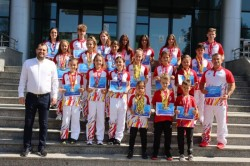 "Campionii naționali de la ""Tiger Club Karate"" premiați de vicepreședintele CJ Arad, Răzvan Cadar"