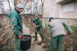 Programul de spălare a străzilor din municipiu continuă cu Calea Aurel Vlaicu. Restricții de parcare în zilele de 16 și 17 august