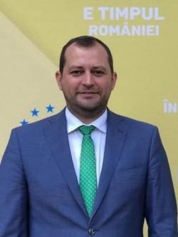Răzvan Cadar a fost reconfirmat secretar general PNL Arad