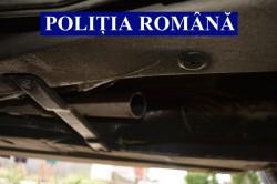 Un bănățean și un oltean prinși în flagrant delict în timp ce încercau să sustragă catalizatoare de mașini la Vladimirescu