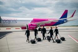 Compania aeriană maghiară Wizz Air angajează 800 de însoţitori de zbor. Impresionantă caravană de recrutare în România