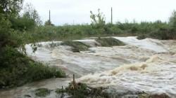 Aradul sub avertizare de COD galben de inundații și în cursul zilei de luni