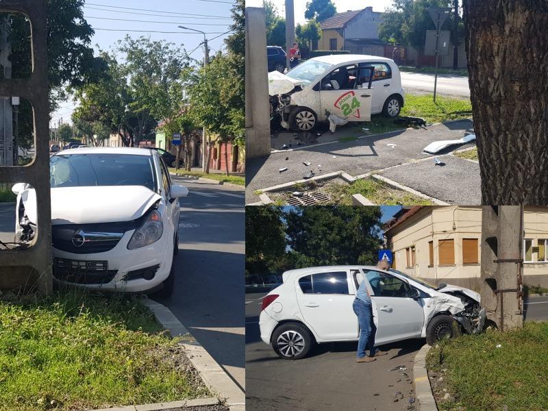 Un Opel și un Volkswagen s-au șifonat bine de tot la intersecția străzilor Liviu Rebreanu cu Oituz