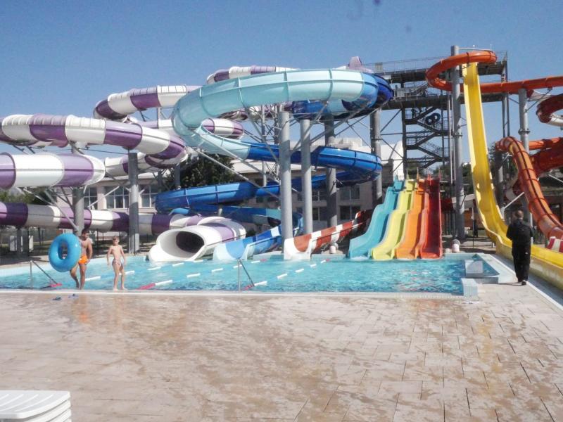 Aquaparkul Nymphaea din Oradea a avut peste 1,5 milioane de clienți și un profit de circa 7 milioane de euro în cinci ani de funcționare