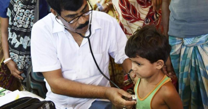 """Aproape 50 de copii au murit din cauza unei boli """"misterioase"""". Autoritățile din India sunt în alertă"""