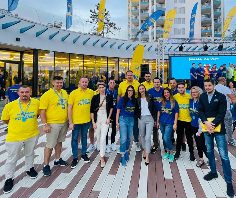 """TNL Arad a participat la Şcoala de Vară """"Welcome to the future"""""""