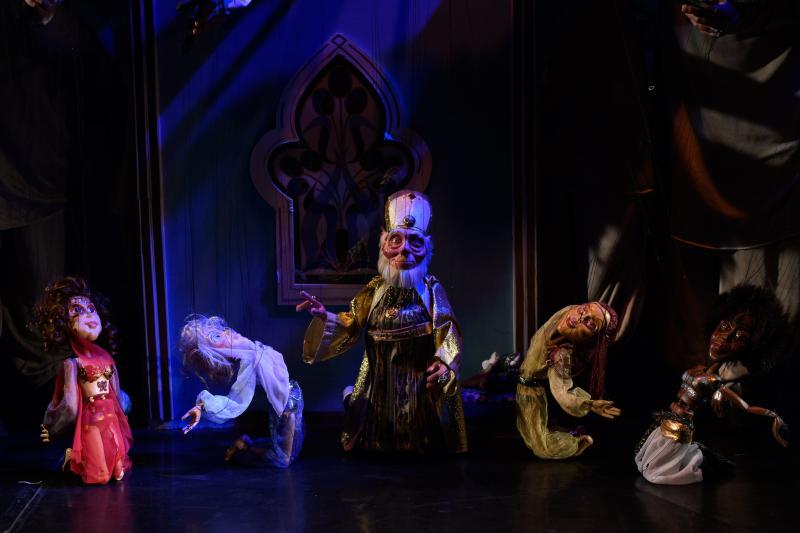 """Duminică, la ceas de poveste: """"Aladin și lampa fermecată"""""""