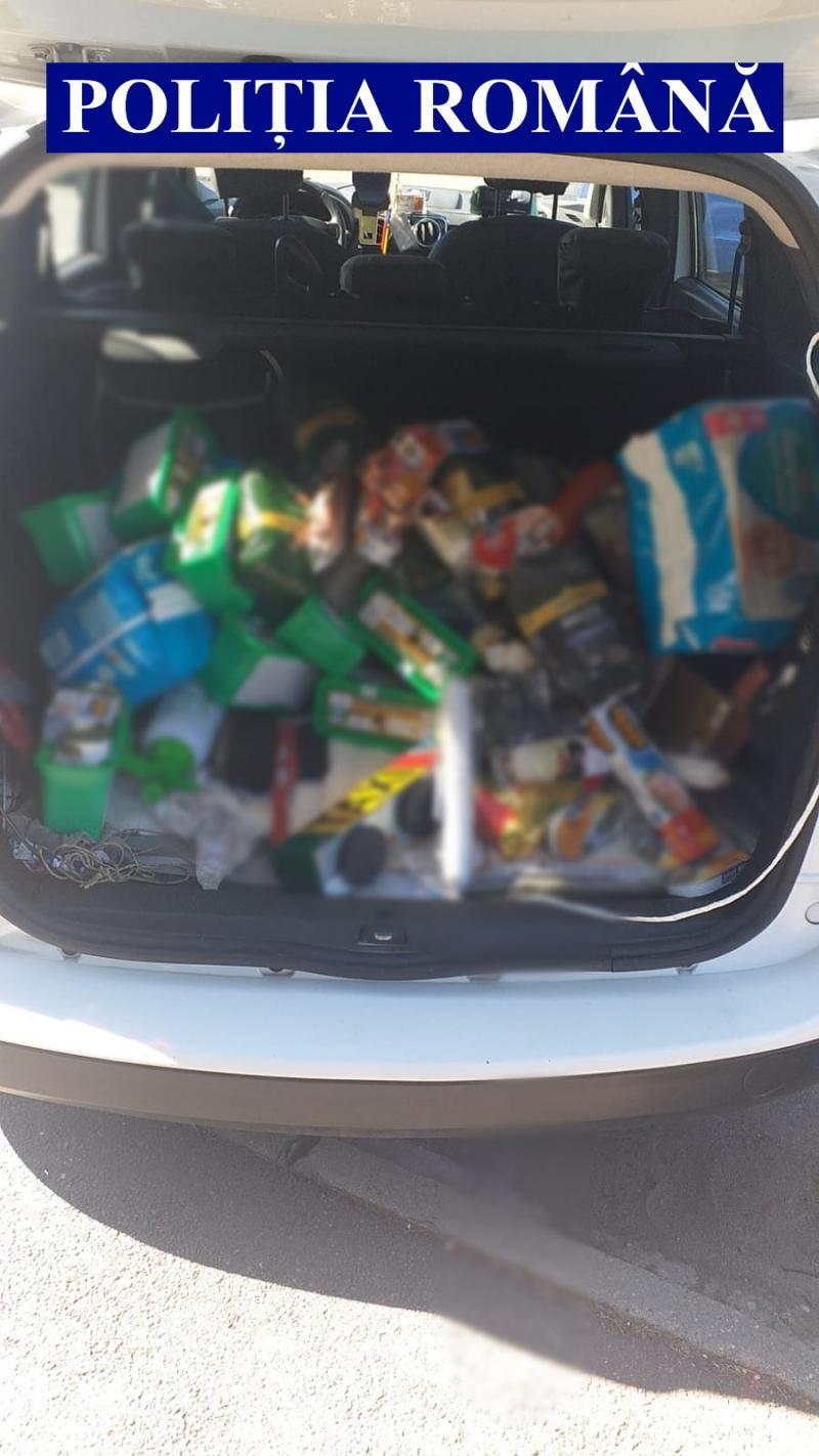 Un taximetrist brăilean a transportat un hoț bihorean care a furat din Salonta și a fost prins în timp ce fura detergent în Pâncota