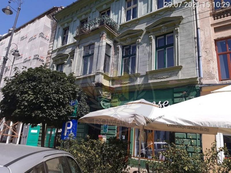 Poliția Locală este cu ochii pe clădirile din Arad. Amenzi de până la 10.000 lei pentru modificarea aspectului proprietății comune fără respectarea legislației în vigoare