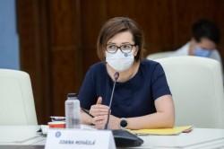 Ministrul Sănătății despre testarea în școli: Elevii din clasa copilului care a fost diagnosticat pozitiv, să continue învățământul online timp de 14 zile
