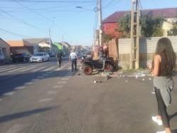 Mamă cu copil de 3 ani spulberați de un ATV pe strada Cocorilor. Autorul a fugit de la locul faptei