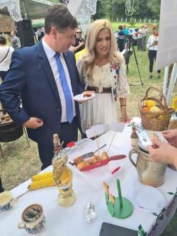 Sărbătoarea Plăcintelor păstrează gustul și tradițiile satului arădean